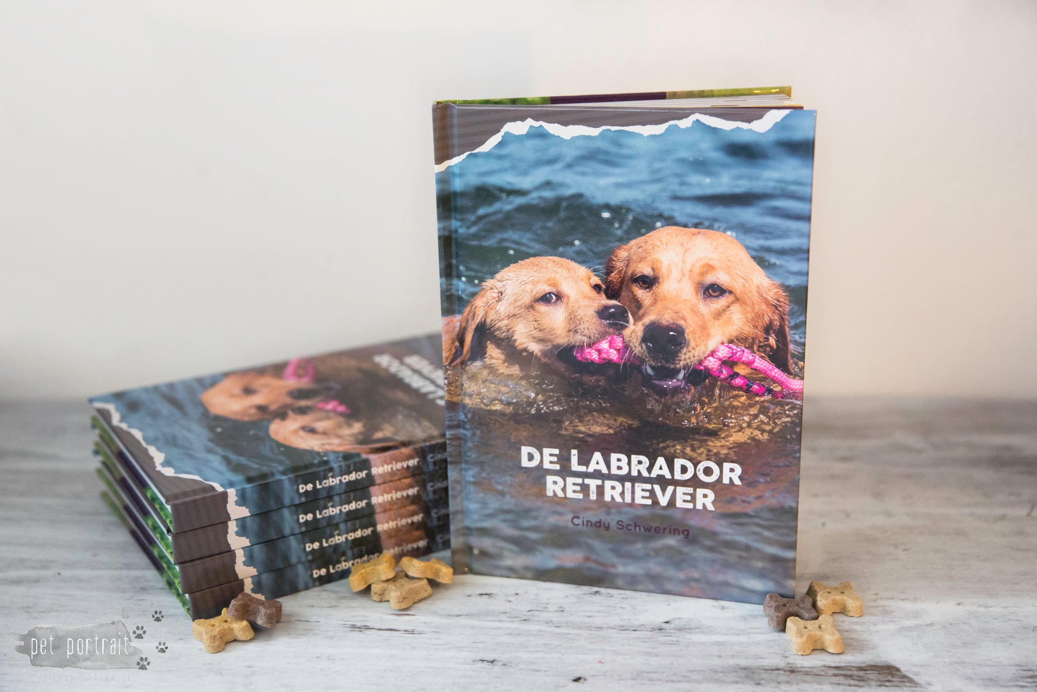 Publicatie Pet Portrait - Boek 'De Labrador Retriever' van Cindy Schwering